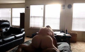 fat-amateur-wife-gets-pumped-full-of-dark-meat-on-hidden-cam