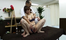 striking-oriental-babe-gets-sexually-fulfilled-by-a-masseur